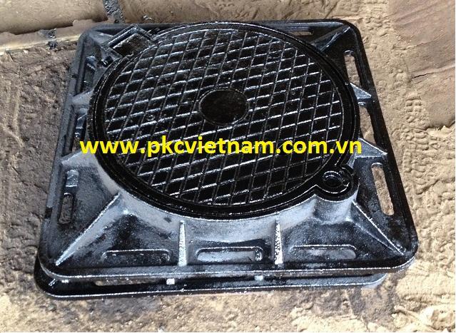 http://pkcvietnam.com.vn/san-pham/nap-ho-ga-gang-cau-khung-vuong-am-nap-tron-900x900x75